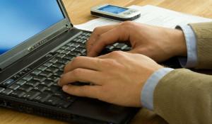 Какая информация попадает в базу должников