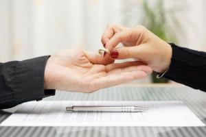 Развод в загсе по инициативе одного из супругов