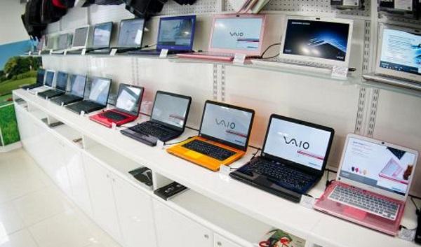 Ноутбуки в магазине