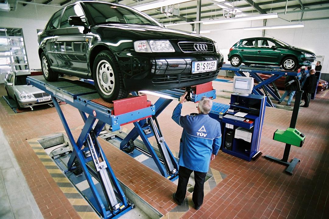 Технический осмотр автомобиля
